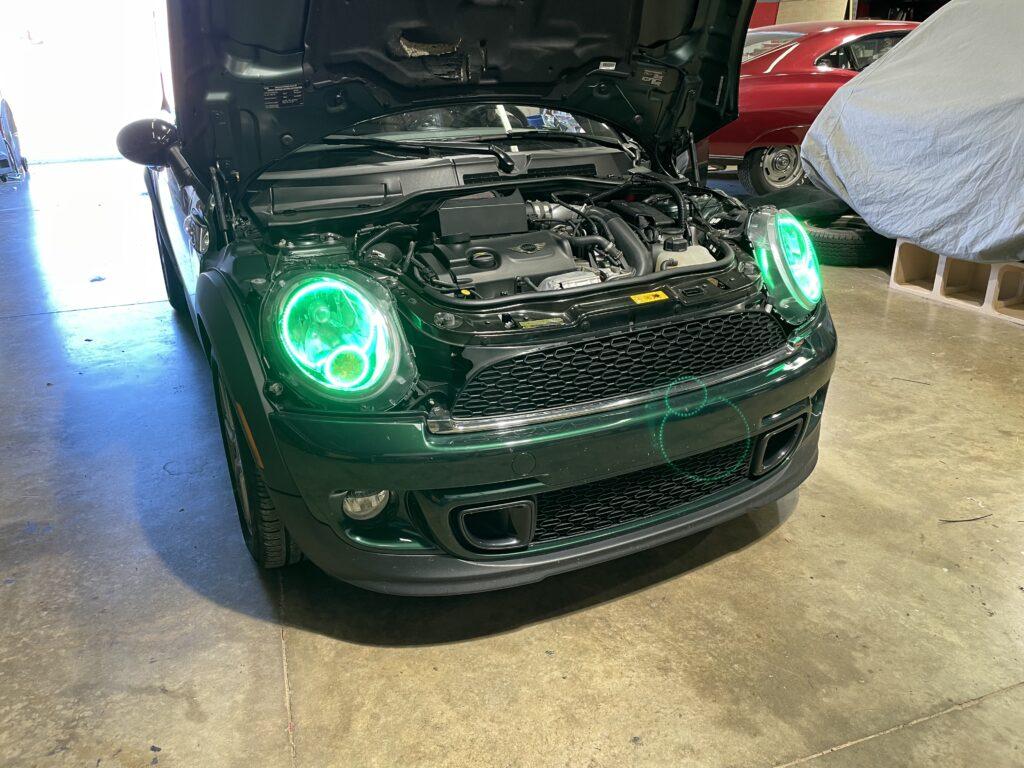 "<img src=""car-lighting-mini-cooper.jpeg"" alt=""car-lighting-mini-cooper-green-led"">"