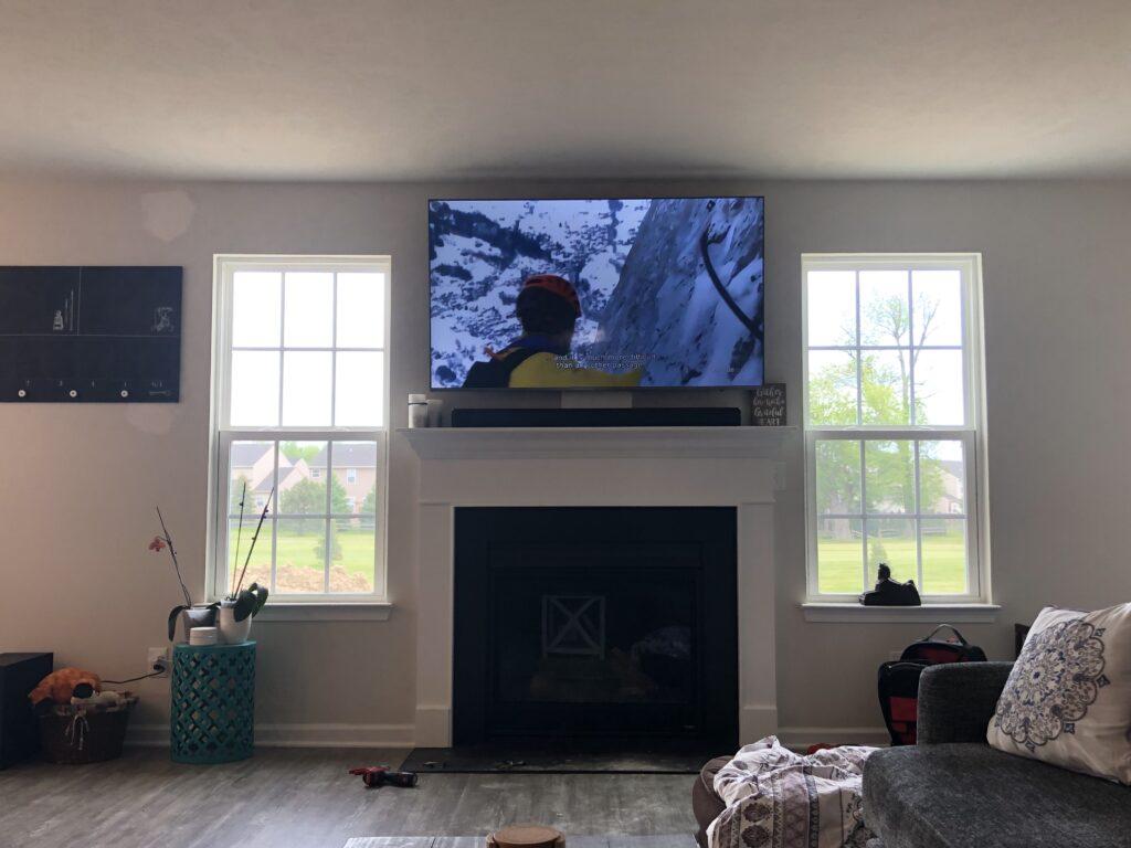 """<img src=""""led-tv.jpeg"""" alt=""""led-tv-hanging-about-fireplace-in-ashtabula-ohio"""">"""